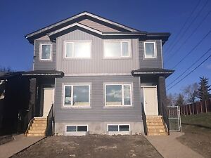 Available now-3 bed 2.5 bath brand new home 1600