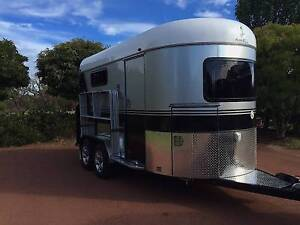 ****Rarely used 2HAL Extended Apache Horse float***** Waroona Waroona Area Preview