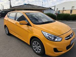 2016 Hyundai Accent ACTIVE*MINT CONDITION*LOW KMS*COMPANY WARRANT