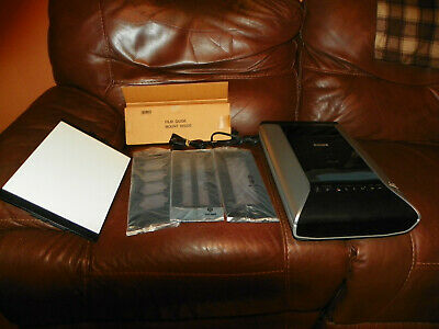 Canon CanoScan 9000F Flatbed Scanner Color.