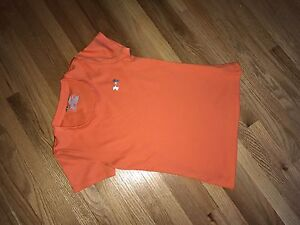 Girls size Small Under Armour
