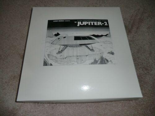 "Lunar Model Lost in Space Jupiter 2 Exterior & Interior1/35 Scale 16"" Model"