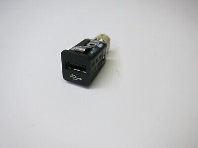 Gebraucht, BMW E82 E87 E90 E91 E92 E60 E61 F07 F10 F11 F12 F01 E70 E71 USB Buchse 9167196  gebraucht kaufen  Großmehring