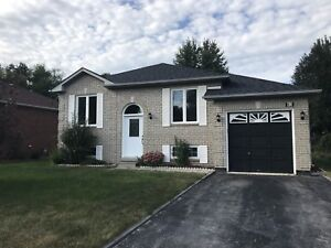 4 Bedroom House for Rent - Wasaga Beach
