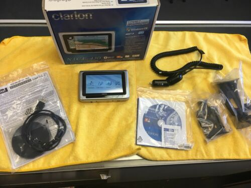 "GPS/Navigation Clarion system 4.3"" TFT screen Built Bluetooth w/disc & booklet"