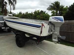 Bargain tinny motor trailer $850 Merrimac Gold Coast City Preview