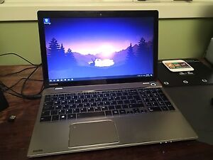 "Toshiba Satellite 15.6"" i7 2.4ghz 16gb Ram"