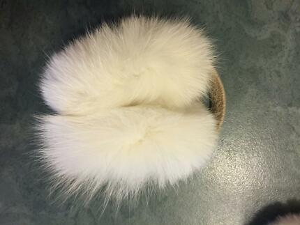 Warm cute earmuffs new Bonnells Bay Lake Macquarie Area Preview