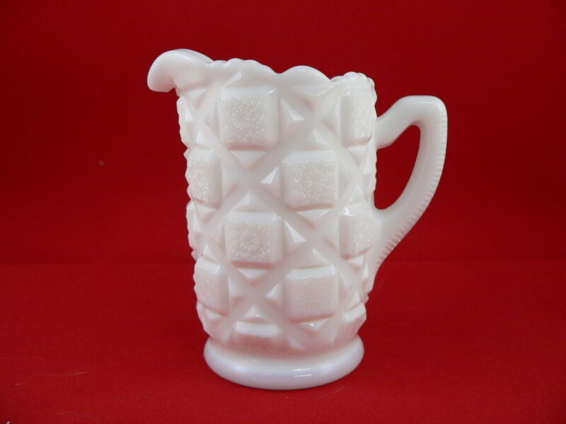 WESTMORELAND OLD QUILT SYRUP, INDIVIDUAL-----MILK GLASS-----HARD to FIND