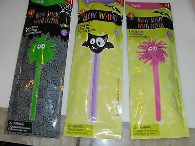 3 PK Glow Wand with Bat Novelty Topper Glow Stick with Topper Green Purple Pink](Purple Glow Stick)