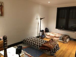 Room for rent in downtown in just 130$ for girls