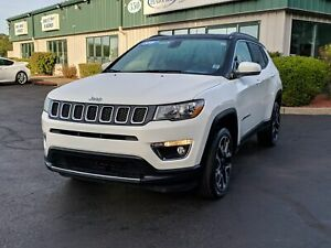 2018 Jeep Compass Limited 4X4/PANORAMIC SUNROOF/LEATHER/REMOT...