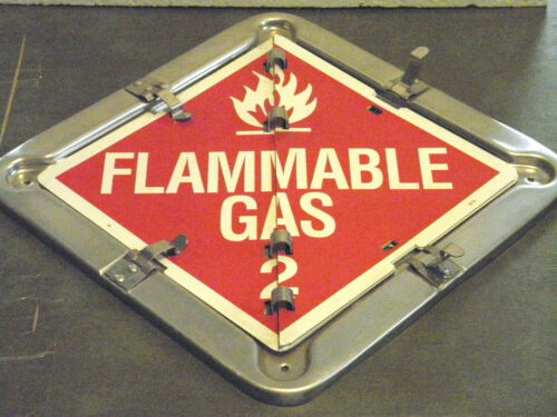 LABEL MASTER HAZARD FILP PLACARD 3 IN 1 SIGNS HAZMAT SEMI TRAILER MAN CAVE DOOR?