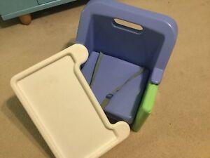 Chaise avec tablette