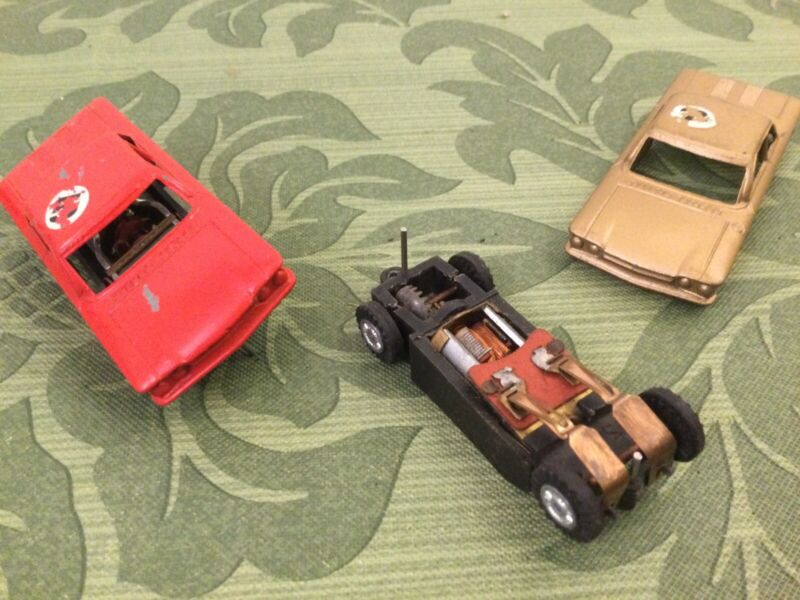 1960s Tootsie Toys 1/43 Diecast HO Electric Slot Race Car CORVAIR PAIR 1:43