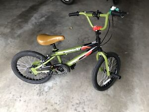18in children's bicycle only 2 years new