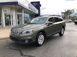 2016 Subaru Outback 2.5i Touring with moonroof, power liftgate,b