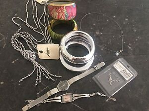 Pack of assorted ladies girls costume jewellery necklace bangle watch Success Cockburn Area Preview
