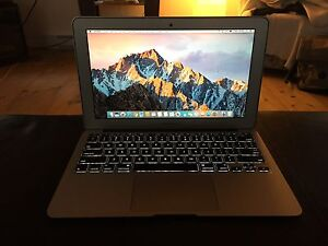 Macbook Air mid 2012, I5, SSD, 11 pouces