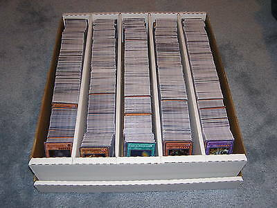 YUGIOH 100 Card Lot w/ Blue Eyes White Dragon or Dark Magician 4 Rares & 8 Holos