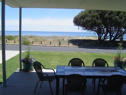 Busselton beachfronmt apartment