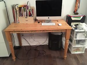 Bureau en bois/Wood Desk