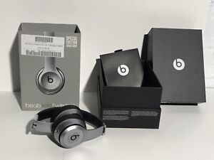 BEATS BY DR DRE SOLO 2 BLUETOOTH HEADPHONES- GREY- AS IS- mnx
