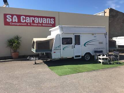 2007 Jayco Expanda 16' Pop Top with Shower / Toilet