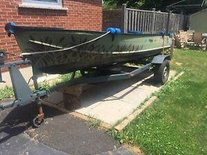 14ft boat w/ Gas and Electric motor