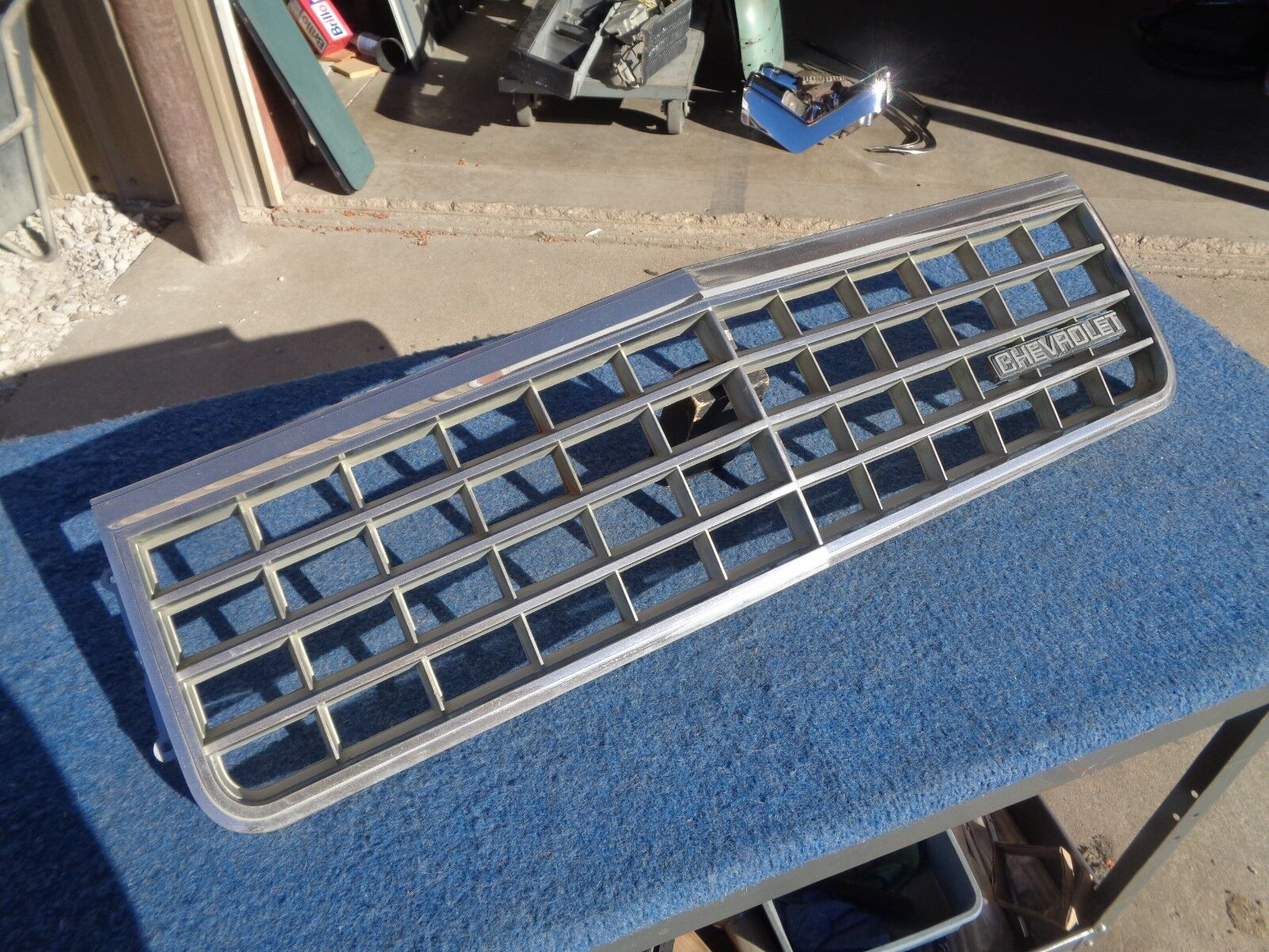 Chevy Caprice GRILL Good Used Original 1981 1982 1983 1984 1985