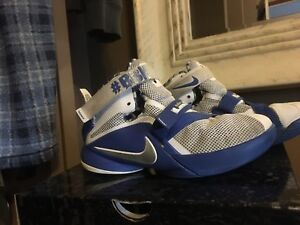 LeBron Soldier 9 kids size 4.5Y basketball Nike shoes