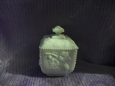 VINTAGE WESTMORELAND WHITE MILK GLASS BEADED GRAPE LIDDED CANDY DISH MARKED