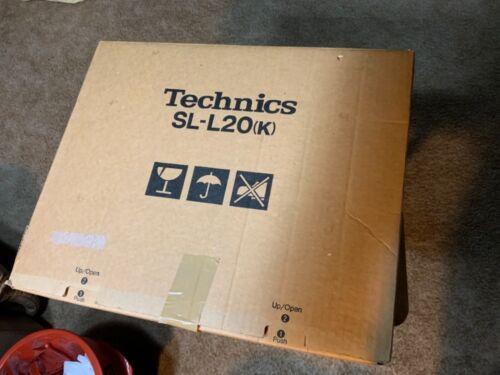 Technics SL-L20 DC Servo Linear Tracking Turntable Record Player in Box