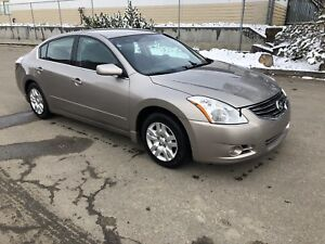 2011 Nissan Altima 2.5S, LOW KMS 119000Kms,Reduced to $7900