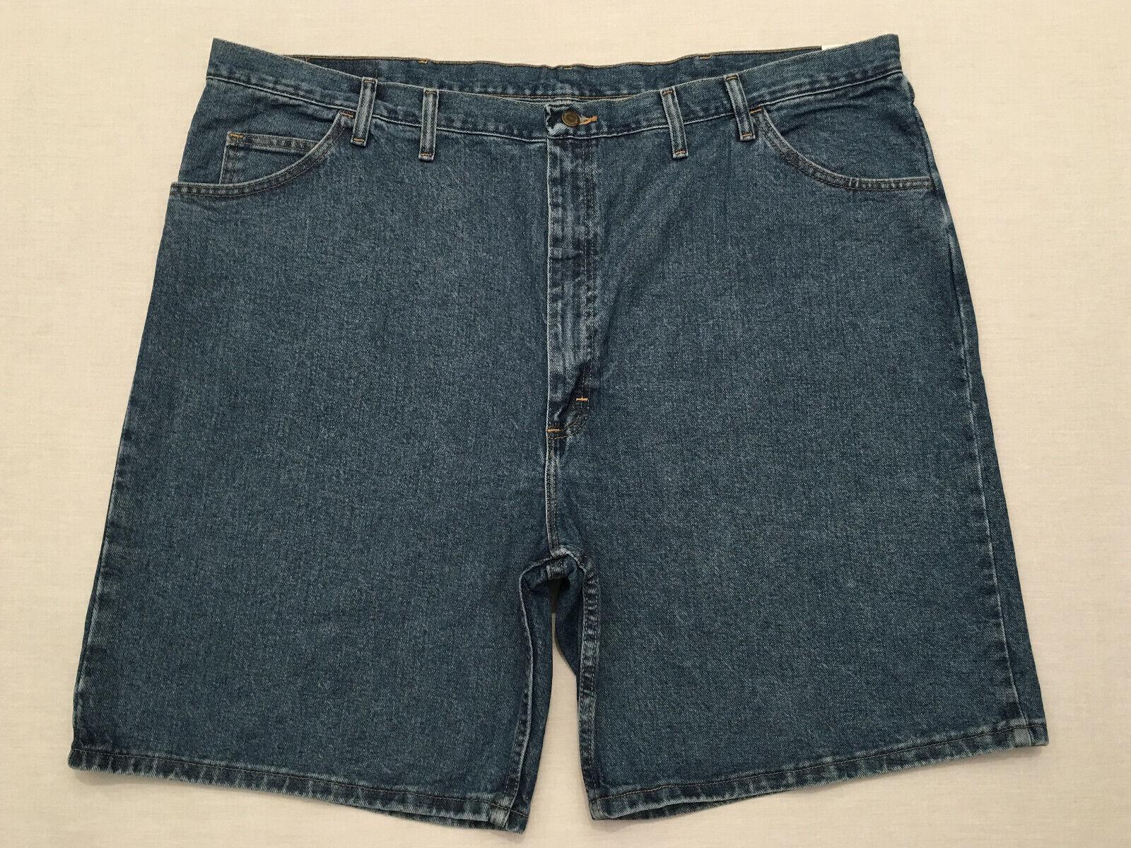 Men's NWT Wrangler 4 pocket Weathered Wash Size 48 Waist