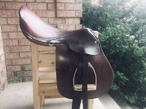 "Springtree 17"" close contact saddle"
