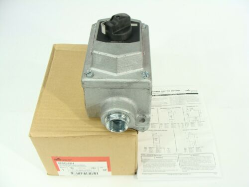 Cooper Crouse-Hinds EFSC21274 Explosion Proof Selector Switch Control Station