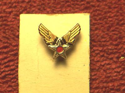WW II ERA ARMY AIR CORP. WING -STAR  LAPEL PIN  W/ SCREW BACK  (Air Corp Star)
