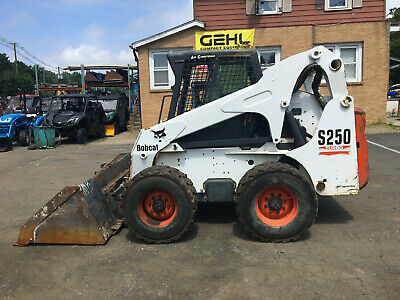 Skid Steer Bobcat S250