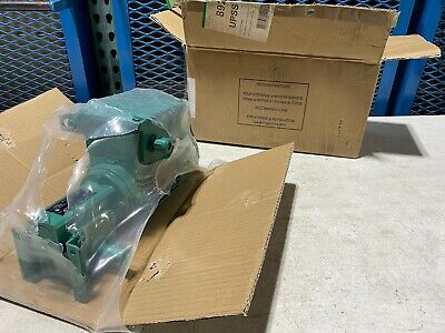 One Leroy Somer Electric Motor Ls56mpfmdt And Gear Reducer 220-240v Nos