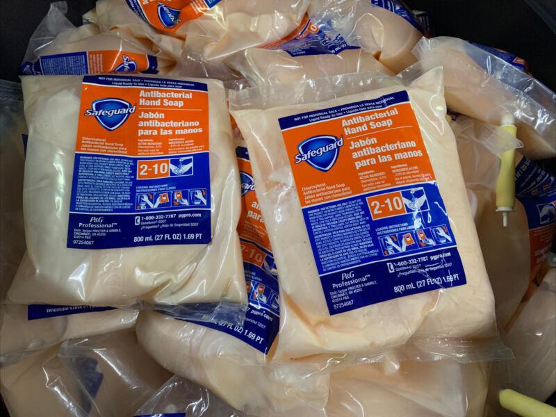 Safeguard Antibac Hand Soap Refill RTU Closed Loop 27.1 oz. Pack of 6 - 800 ml.