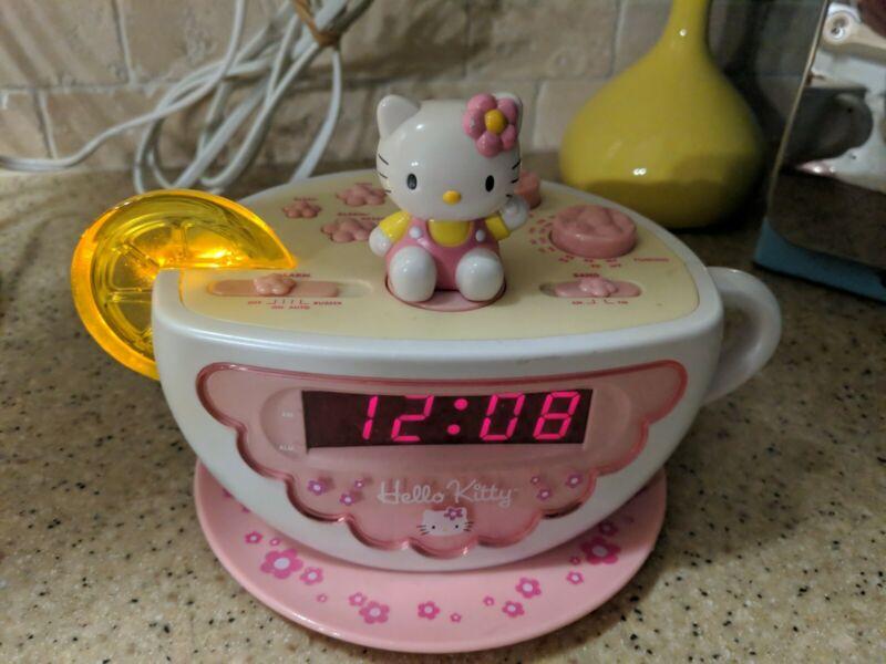 Hello Kitty Alarm Clock AM FM Radio W/ Nightlight