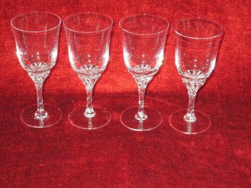 "Sasaki Hawthorne Clear set of 4 wine goblets 6 1/4"""