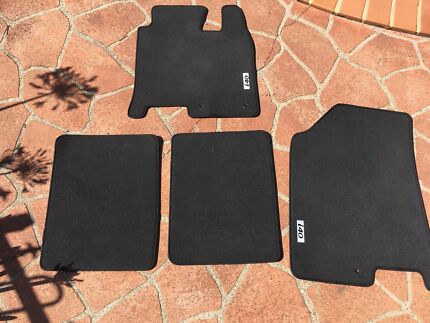 Hyundai i40 Genuine Fitted Car Mats