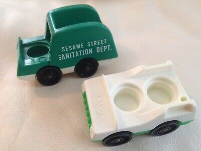 Vintage Fisher-Price Little People green/white car SesameStreet sanitation truck