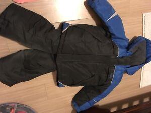 Oshkosh snowsuit sz 5/6  and old navy thin snow pants