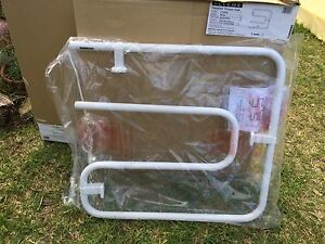 HEATED TOWEL RAIL BRAND NEW! Downer North Canberra Preview