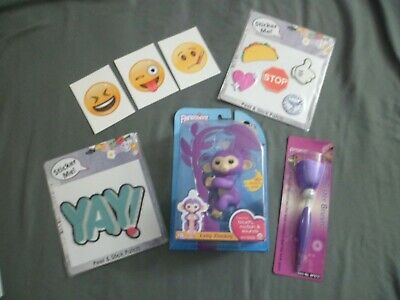 Fingerlings Baby Monkey Mia WowWee ~Sound~Motion~ Pen ~ Stickers Lot of 7 Toys