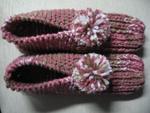 """NWOT Amish Handmade House Slippers Pink Rose Camo Mix Wms Large Mans Med 9 1/2"""""""