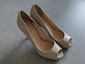 Guess nude heels, size 38.5